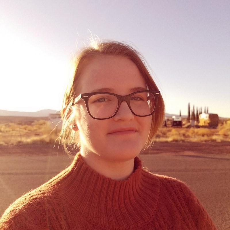 Emma Loris